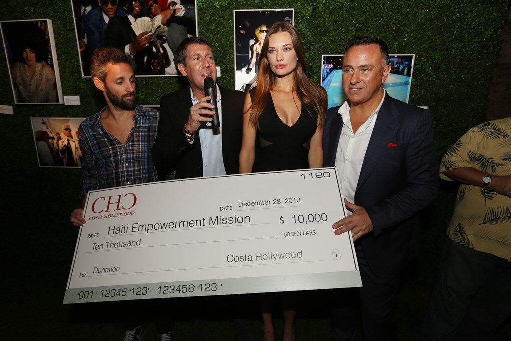 Moses Bensusan SUPERMODEL AMBER ARBUCCI HOSTS HOLLYWOOD MEETS HOLLYWOOD